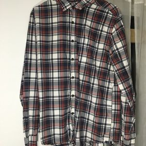 American Eagle Button Down Red/White Long Sleeve